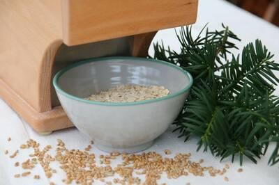 Komo Flocman electric flaker oats